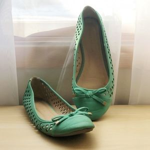 Wild Diva | Cut Out Teal Lounge Flats With Bows